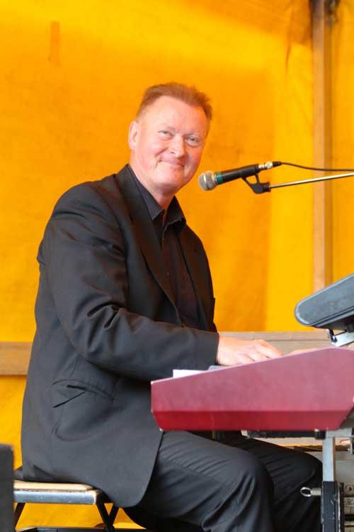 Gala Band Dr. Martin
