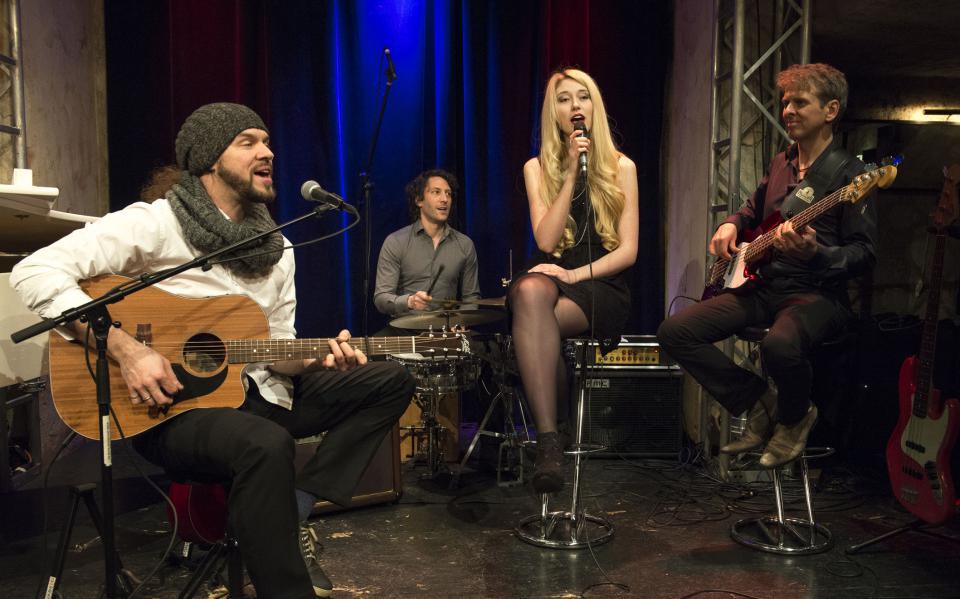 Band: Galaband Live-Band Fulfill